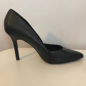 Aldo black leather pointed toe high heel shoes